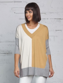 3-Color V-neck Sweater by Planet