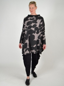 Bounce Print Tunic by Moyuru