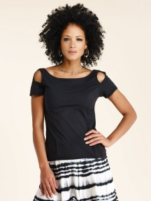Open Shoulder Tee by Luna Luz
