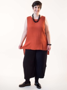 Sleeveless Tunic by Grizas