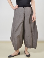 2 Pocket Ankle Pants by Sun Kim