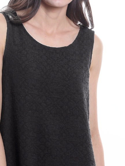 Basic Sleeveless Tunic by Chalet et Ceci