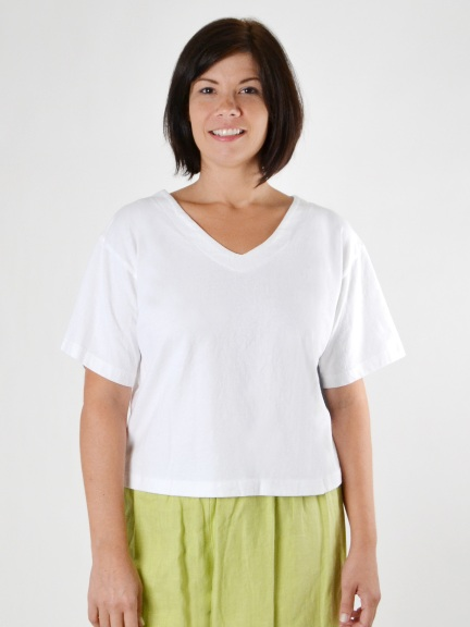 Crop V-Neck Shirt by Pacificotton