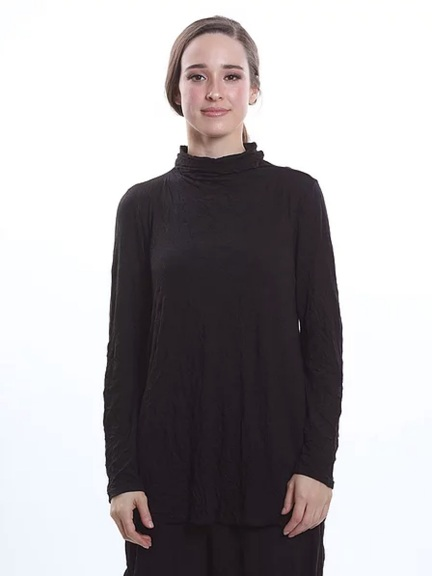 Dotta Mock Neck Top by Chalet