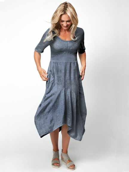 Linen Cloverleaf Dress by Inizio