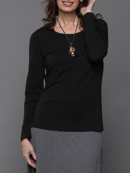 Long Sleeve Basic Top by Chalet