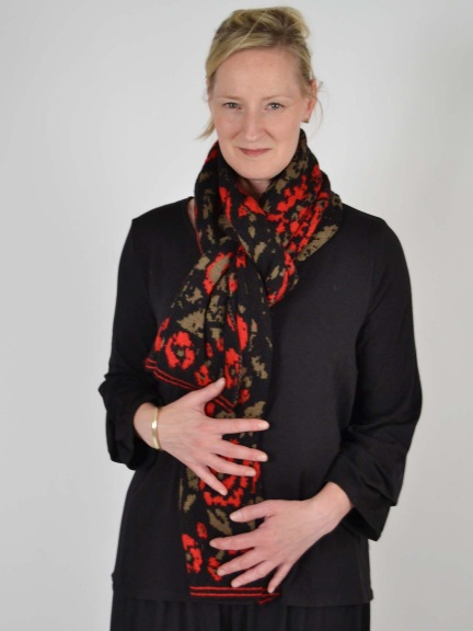 Red Rose Scarf by Ivko