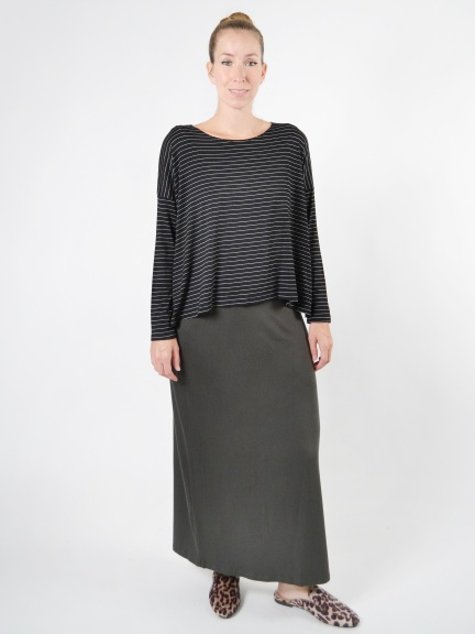 Simple Straight Skirt by Comfy USA